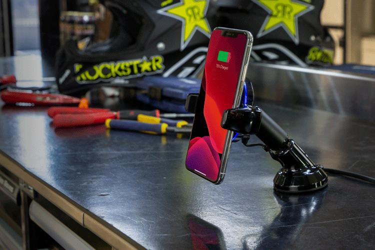 Graphic image of MagicGrip Dash Phone Mount in Rock Star Garage