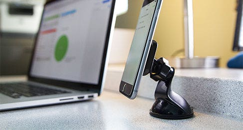 USBC242m Ri3LEDWT iPadPro iPhone6