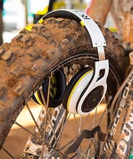 Rockstar RH1060RS Reference Grade Bluetooth Stereo Headphones